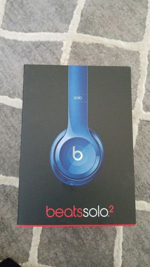 Headphones. Beats solo 2-wired. Almost like new. for Sale in Seattle, WA