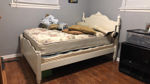 Queen bed frame for Sale in Willoughby Hills, OH