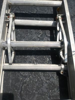 24'ft adjustable ladder for Sale in Clearwater, FL