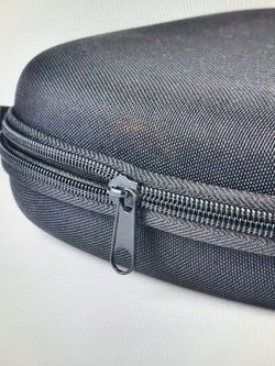 Hard Shell carry Headphones case Zippered Storage Travel bag Case Protector for Sale in Kirkland,  WA