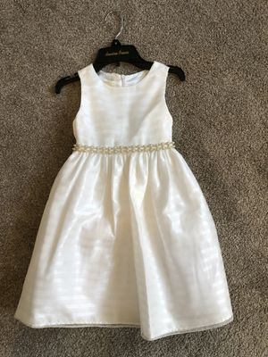 Flower girl dress, size 6 for Sale in Blue Springs, MO
