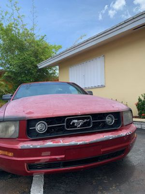 Ford Mustang 2006 v6 for Sale in Fort Lauderdale, FL