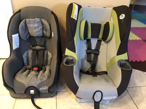 2 Car Seats - Graco & Evenflo for Sale in Chandler, AZ