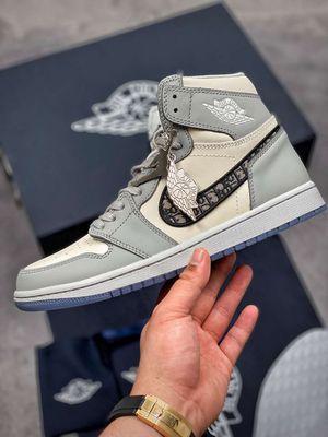 Nike Air Jordan 1 Retro High Dior for Sale in Los Angeles, CA