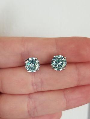 New 4ct beautiful moissanite diamonds stud earrings for Sale in Bloomfield Hills, MI