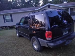 2001 for explorer nothing wrong with it for Sale in Byron, GA