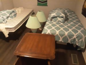 Furniture beds,table chairs etc for Sale in Nashville, TN