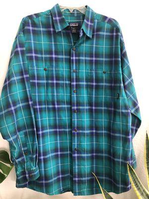 Men's Patagonia shirt for Sale in Menifee, CA