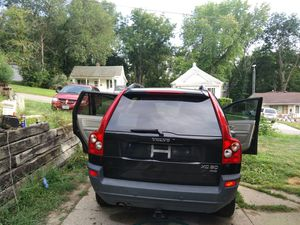 I sell it at $ 500 because there is a sensor fucked Volvo cx9 4 x4 2004 for Sale in South Sioux City, NE