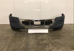 🆕🆕🆕🔝🔝🔝 FREIGHTLINER CASCADIA BUMPER WITH CHROME COVER / WITHOUT HOLES 2008 - 2018🔝🔝🔝🆕🆕🆕 for Sale in Fontana, CA