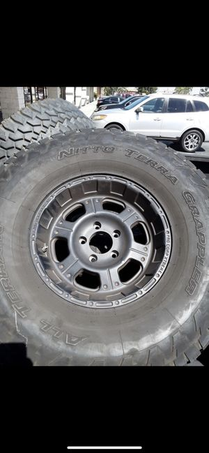 procomp Extream wheel & tires 16x10 5x5 lugs purfect for jeeps for Sale in Santa Ana, CA