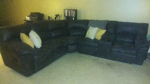 Couch - like new for Sale in Minneapolis, MN