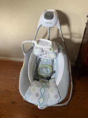 Maxi Cosi car seat with base, baby toys, baby rocker.. must come pick up for Sale in Houston, TX