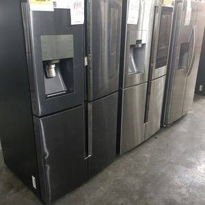 Samsung Refrigerator Stainless Steel 4-Door for Sale in Chino, CA