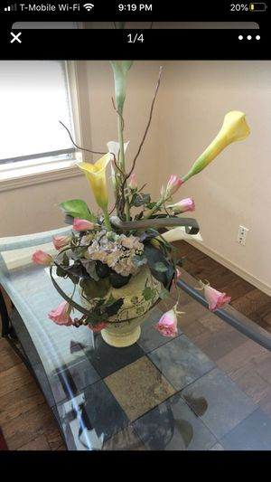 Center piece for Sale in Federal Way, WA