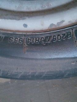 Trailer tires n rim P205/75R14 for Sale in San Antonio,  TX