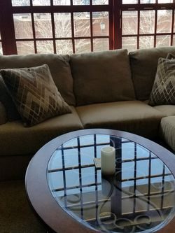 L Shaped Sofa And Oval Coffee Tanle for Sale in Cleveland,  OH