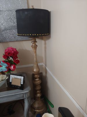 Floor lamp for Sale in Smyrna, TN