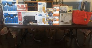 Brand new kitchen items for Sale in Modesto, CA