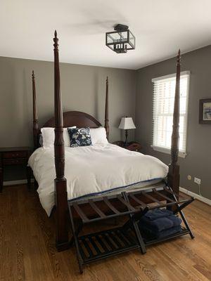 Mahogany bedroom set for Sale in Mercer Island, WA