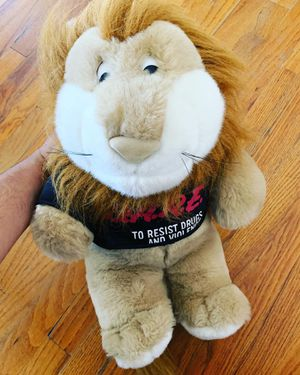 """DARE To Resist Drugs & Violence Plush Stuffed Animal 9"""" Daren Bear The Lion for Sale in San Diego, CA"""