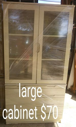 Large cabinet for Sale in Garland, TX