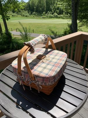 Longaberger picnic basket for Sale in Oxford, CT