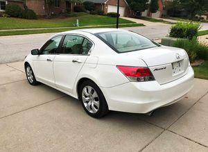 Selling 2OO8 Honda Accord FWDWheels for Sale in Austin, TX