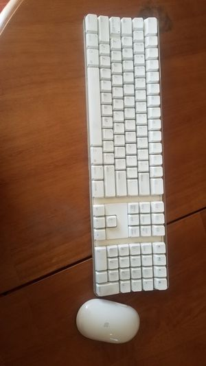 MAC wireless Keyboard and Mouse for Sale in Hacienda Heights, CA
