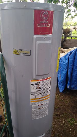 Electric water heater for Sale in San Antonio, TX