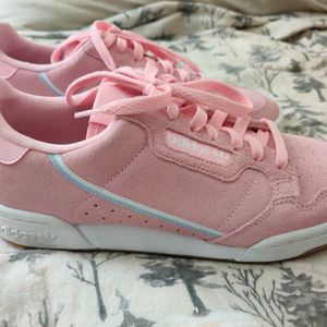 Adidas Women's Size 9 for Sale in Las Vegas, NV