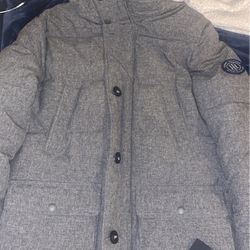 Tommy Hilfiger Mens Parka Jacket for Sale in Sunnyvale,  CA