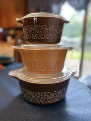 Pyrex Woodland 6-piece casserole set for Sale in Sioux Falls, SD