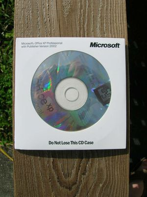 Original Microsoft Office Professional XP with Publisher 2002 CD 3 Disk SET with KEY for Sale in Davie, FL