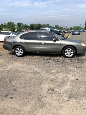 2003 Ford Taurus SES Sell As Is 106,000 Miles for Sale in South Windsor, CT