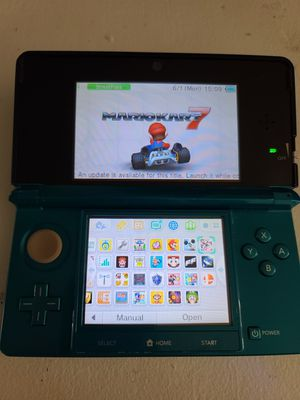 Nintendo 3ds with charger and 22 games for Sale in Los Angeles, CA