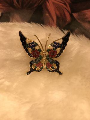 Beautiful Vintage Gold Butterfly Pin/Broach for Sale in Gainesville, VA