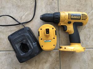 "Dewalt 1/2"" DC728 14.4 volt cordless drill driver battery and charger for Sale in Beltsville, MD"