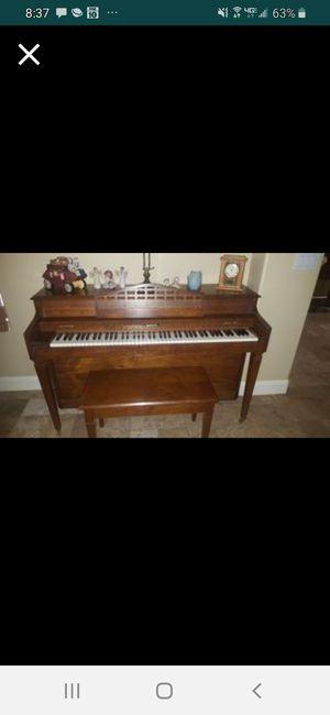 Baldwin Upright Piano for Sale in Chandler, AZ