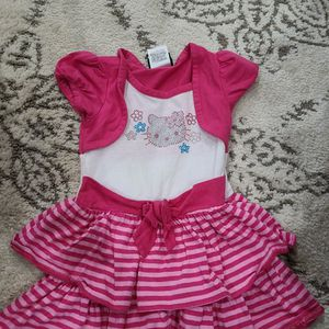 3T DRESS HELLO KITTY for Sale in Buena Park, CA