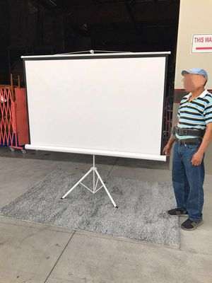 """Brand new 100"""" portable projector screen 16:9 ratio wide screen with tripod pull up matte white for Sale in Whittier, CA"""