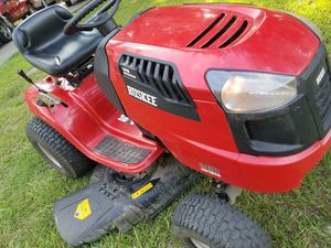 """RIDING LAWN TRACTOR MOWER 42"""" inch for Sale in Houston, TX"""