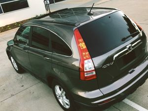 FOR SALE SILVER COLOR 2010 HONDA CRV WELL MAINTAINE for Sale in Fontana, CA