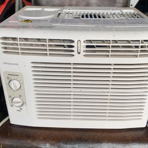 Fridgeaire Window Ac Unit for Sale in San Diego, CA