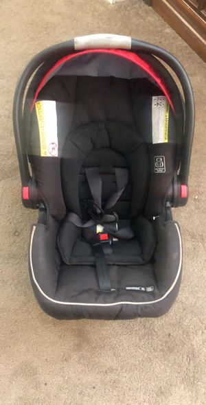 Graco Snugride 35 Stroller and Car Seat Combo for Sale in Capitol Heights, MD