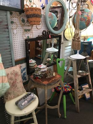 End Tables, Stools, Tables, Lamps, Milk Glass for Sale in Joliet, IL