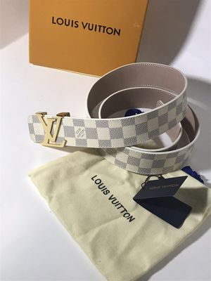 Louis Vuitton White Azur Belt **Will arrive before Xmas! for Sale in Queens, NY