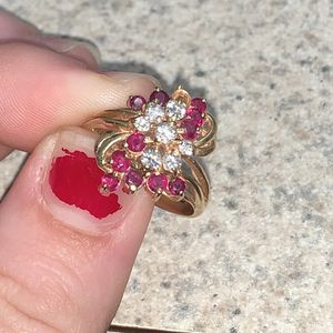 14k Gold Ring With Real Diamonds And Ruby's (READ DESCRIPTION) for Sale in Bartow, FL