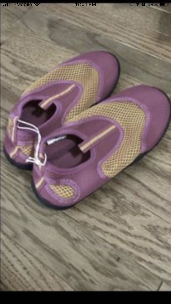 Swimming Shoes. Brand New size 12