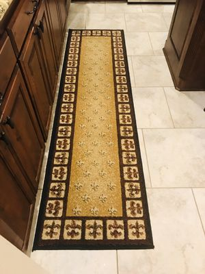 2'x7' Fleur De Lis Runner Rug for Sale in Bossier City, LA